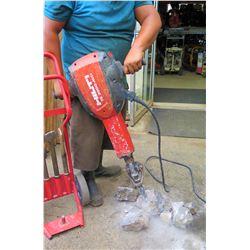 Hilti TE 3000-AVR Demolition Breaker Hammer w/Bits