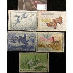 1952 RW19, 1955 RW22, 1957 RW24, 1960 RW27, & 1961 RW28 U.S. Migratory Bird hunting Stamps. All Sign