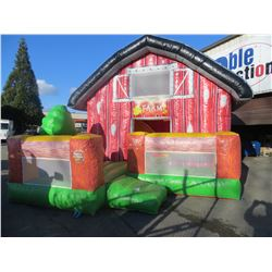 INFLATABLE FARM HOUSE BOUNCY PLAYGROUND WITH 1 PUMP SIZE (APPROX 14' X 14' X 20' H)
