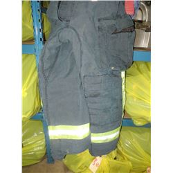BAG OF 10 FIRE PROTECTIVE PANTS