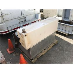 PALLET OF TRUCK TOOLBOX/HITCH/BACKRACK