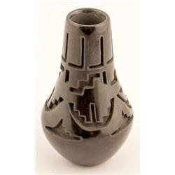 Blackware Vase, Teresa V. Gutierrez