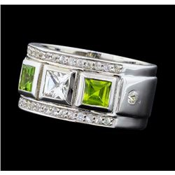 Crayola 0.90 ctw Peridot and White Sapphire Ring - .925 Silver