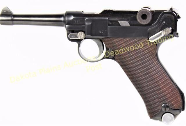 Luger DWM 9mm SN 290 dated 1916 with 4