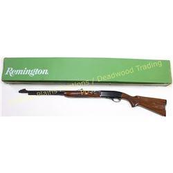 Remington 552 BDL Deluxes .22 cal. SN 1923085 semi auto rifle, new in the box.  Est. 250-400