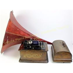 Antique Edison table top roll phonograph SN S302390 oak cased with original finish. Good working ord