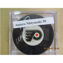 Antero Nittymaki 30 autograhed hockey puck