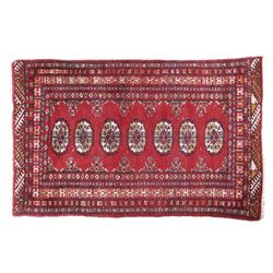 Persian Repeat-Medallion Style Woolen Rug