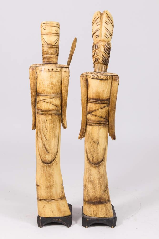 Pair Carved Bone Chinese Figures King Queen