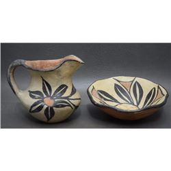 TWO SANTO DOMINGO POTTERY ITEMS