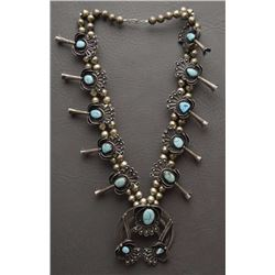 NAVAJO NECKLACE AND BRACELET