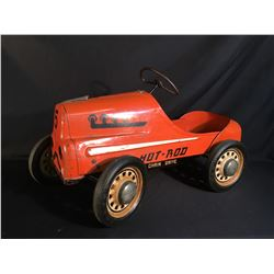 "VINTAGE GARTON 1940'S ERA ""HOT ROD"" KIDS PEDAL CAR, WITH CHAIN PEDAL DRIVE, WORKING STEERING, 36''"