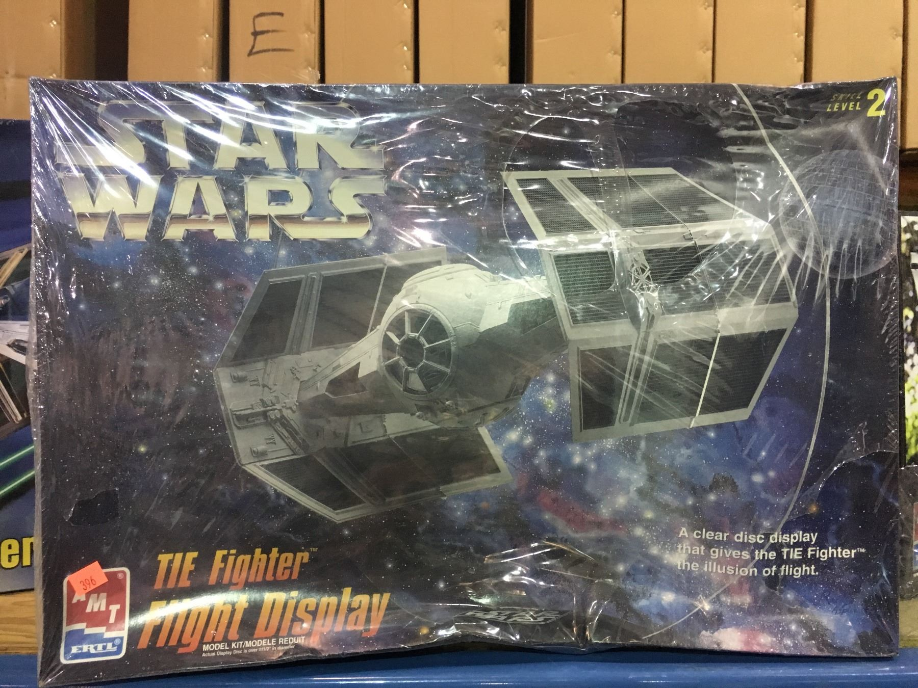 AMT STAR WARS TIE FIGHTER FLIGHT DISPLAY MODEL KIT