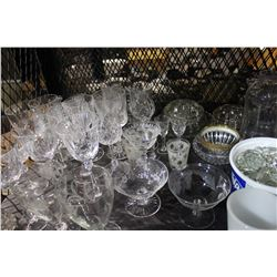 SHELF LOT OF MISC COLLECTABLE GLASSWARE