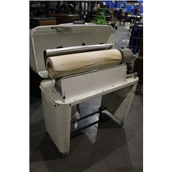 COMMERCIAL IRONING/PRESSING MACHINE