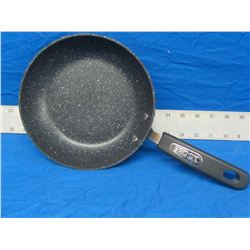 "New The Rock 8"" fry pan"
