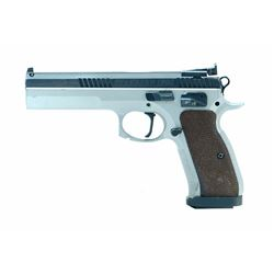 CZ, MODEL 75, CAL 40 S& W  *THIS IS A RESTRICTED HANDGUN*