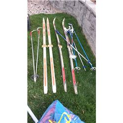 Fiberglass Cross Country Ski's With Poles