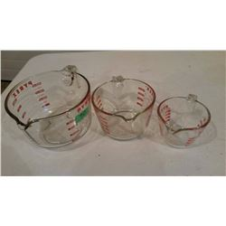 Pyrex Measuring Cups, Set Of 3