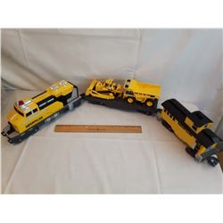 Caterpillar Train Set w/Dump Truck & Dozer