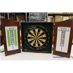 Dart Board w/Wooden Case