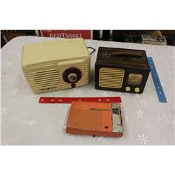Vintage Radios (3)(Working General Electric Radio, Standard Transistor Radio, Etc)