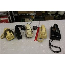 Lot of Vintage Phones (5)