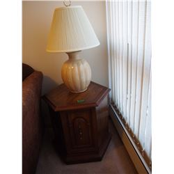 Wood Endtable W/ Lamp