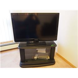 """TV Stand With DVD Player And Working 2011 LCD Panasonic 32"""" TV"""