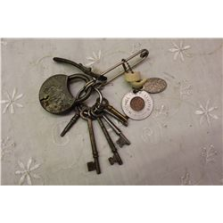 Lot Of Skeleton Keys And A Lock