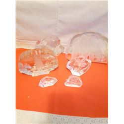 6 Etched Crystal Pieces