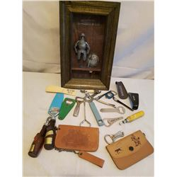 3D Bar Picture, Openers, 2 Leather Purses