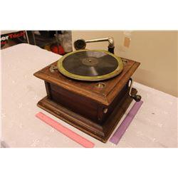 Columbia Table Top Gramaphone (Working but Needs Work)