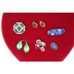 Glass & Crystal Jewellery: Brooches (4)& Earrings (2 Pairs)