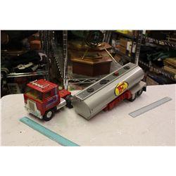 Ertl Metal Truck And Trailer