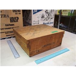 Vintage Wooden Storage Crate (Crumbles)