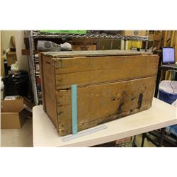 "Wooden Braids Blue Label Tea Crate, 33""x16""14"""