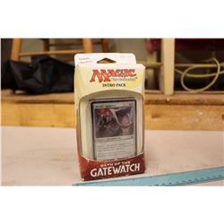 Magic the Gathering, Oath of the Gatewatch: Intro Pack (New in box)