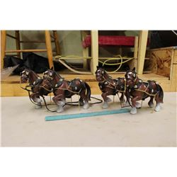 2 Pairs of Toy Horses