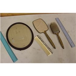 Vintage Comb, Brush & Mirror Set w/Oval Frame