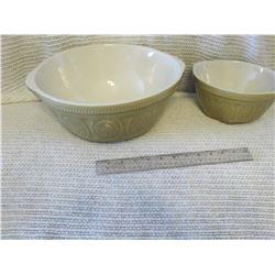 Stoneware Bowls Set