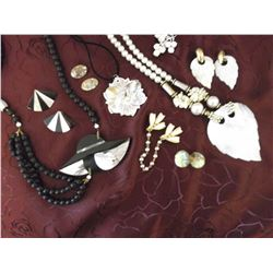 Pearl & Mother of Pearl Jewellery