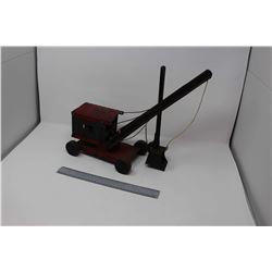 Structo Steam Shovel, Metal Wheels, Complete