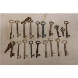 Lot of Skeleton Keys