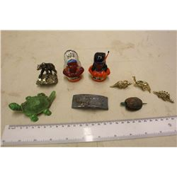 Lot Of Native Salt And Pepper Shakers, With Nick Nacks