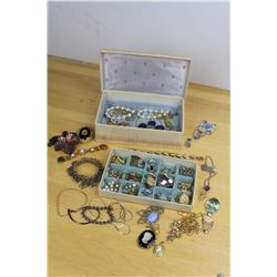 Lot Costume Jewellery W/ Box