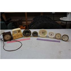 Lot of Vintage Alarm Clocks (8)