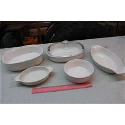 Matching Casserole Dishes (5)(1 w/Lid)