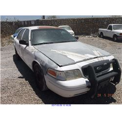 2003 - FORD CROWN VICTORIA//TX TITLE