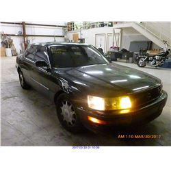 1993 - LEXUS LS400